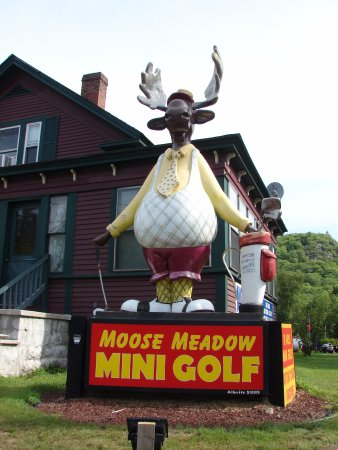 Gorham, Nueva Hampshire: Moose Meadow Mini Golf