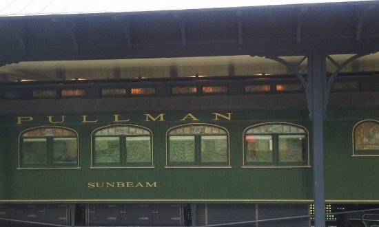 Manchester, VT: nicely maintained Pullman Palace Coach