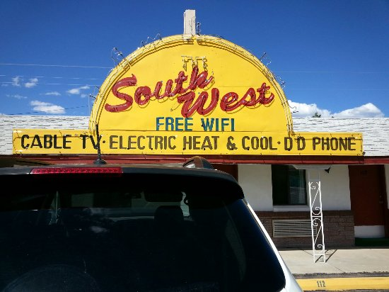 Grants, NM: Southwest Motel