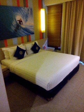 Bliss Surfer Hotel: kamar yang nyaman dengan memakai produk dari king koil