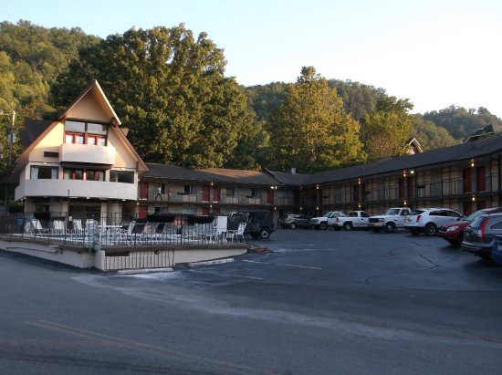 Leconte view motor lodge gatlinburg tn motel for Motor lodge gatlinburg tn
