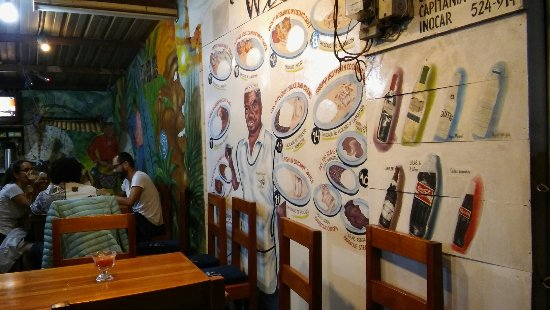 K.F. William: Riquisima la atencion la mejor cocina de Puerto Ayora