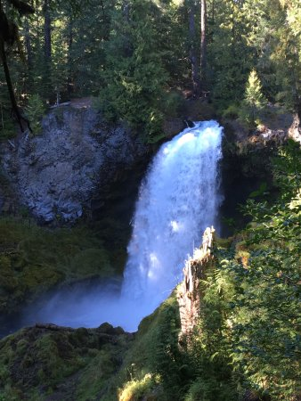Sisters, OR: Sahalie Falls from the view point