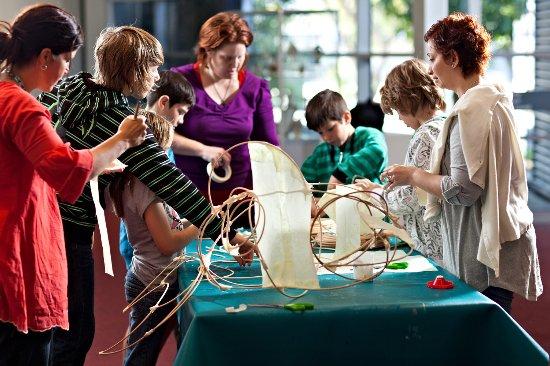 Mackay, أستراليا: Artspace Mackay run a range of kid's activties and workshops 