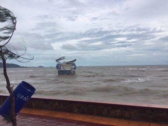 Кеп, Камбоджа: Carb statue, Kep sur mer