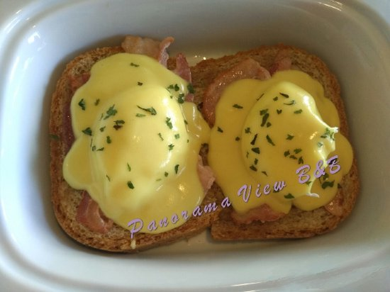Vernon, Canada: Eggs benedict