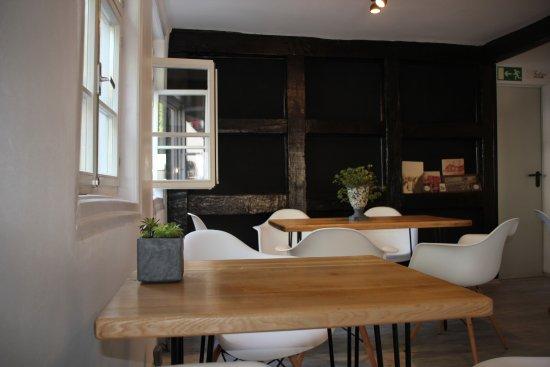 Bensheim, Duitsland: Das gemütliche Innere die 2te.