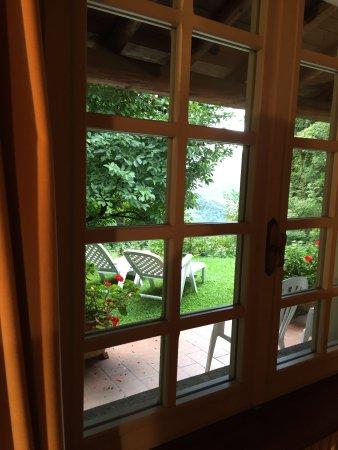 Armeno, Italia: Angolo relax e vista lago