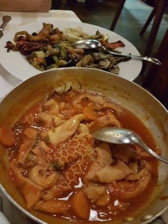 Subbiano, إيطاليا: trippa al sughetto piccante