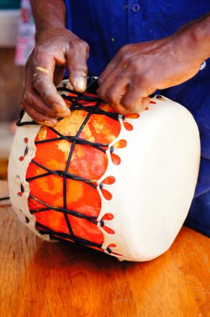 American River, Australia: Drum Making Workshop with Sam Oshodi