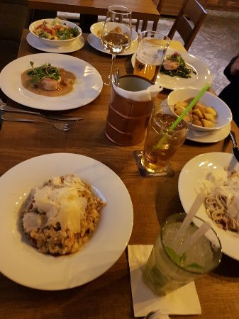 Znojmo, República Checa: We went back again on september 20th. I had a nice Mojito and again the chicken risotto (pic2).