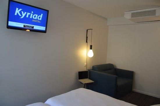 Kyriad metz centre hotel france voir les tarifs 169 for Prix chambre kyriad