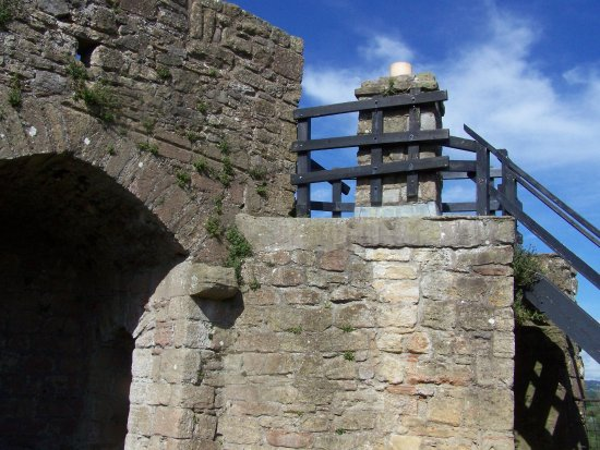 Caldicot, UK: A climb up the battlements