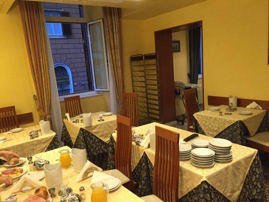 Hotel Sonya: One of three Breakfast rooms