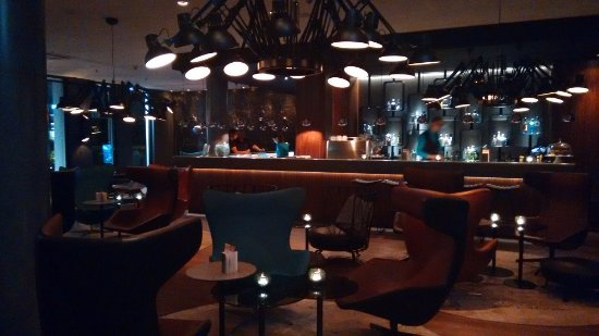 Motel One Hamburg Airport Photo