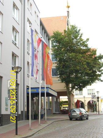 Steigenberger Hotel Sonne: Der Hotel Eingang