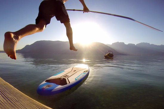Sevrier, Frankrike: Morning SUP session in Annecy
