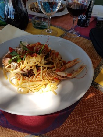 Vallecrosia, Italia: pates au langoustine un pur regal et aux vongolle..