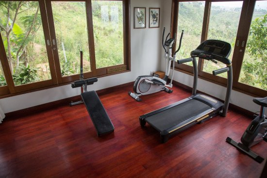 Gobleg, Indonezja: Our Gym at MMP