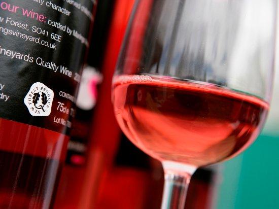 Nyskogen, UK: New Forest Made Wine