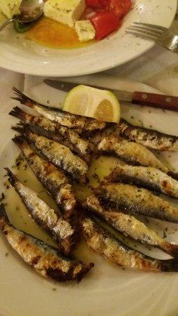 Kalamakia Tavern: σαρδέλες σχάρας