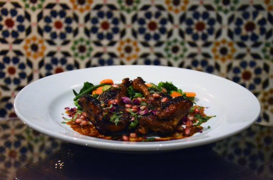 Dar Roumana: Poussin with Pomegranate