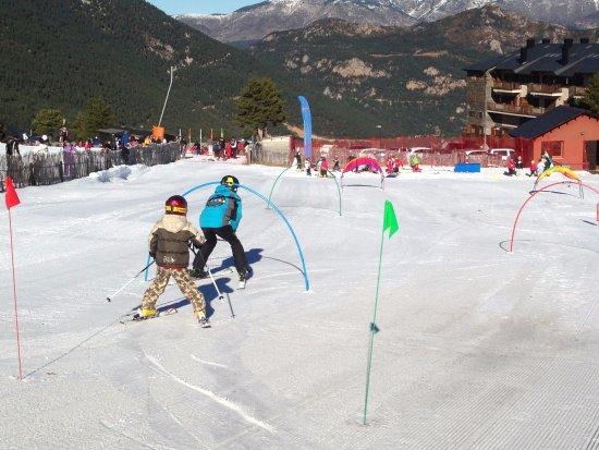 Esportec - Escola d'Esqui Prepirineu: Jardí de Neu 2