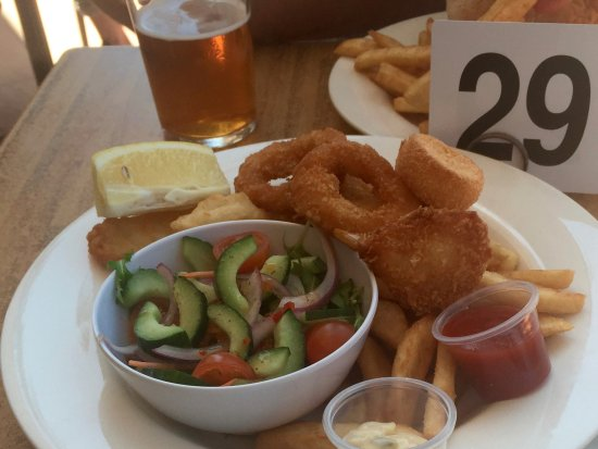 Burleigh Heads, Australia: seafood basket