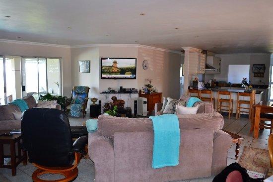Port Edward, แอฟริกาใต้: Open Plan Living area