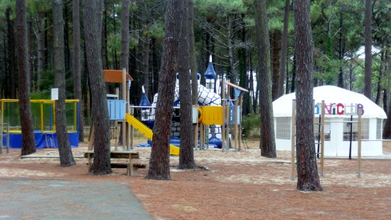Saint-Girons, Fransa: jeux enfants