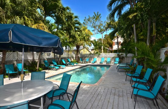 Center Court - Historic Inn and Cottages : Two heated pools to chose from!