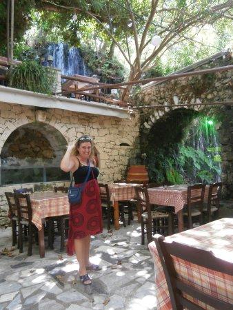 Argyroupolis, Yunanistan: UN JOLI CADRE