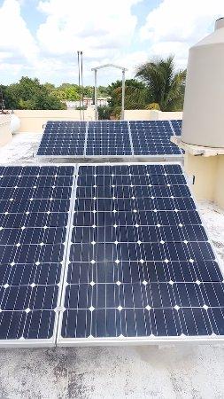 Cascadas de Merida: Green energy solar panels