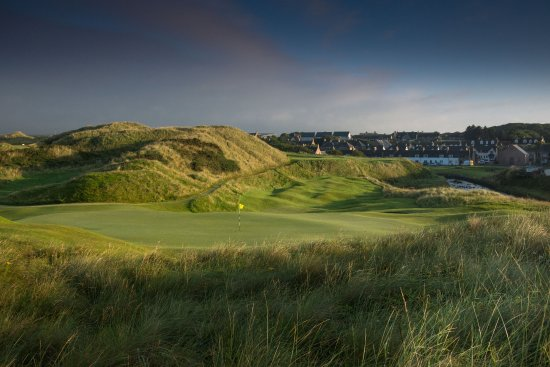 Cruden Bay (Port Erroll), UK: The iconic par 3 4th looking back from the green