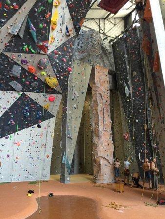 Pantin, Frankrijk: Roped climbing area