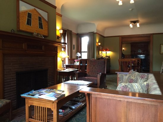 Inn on Ferry Street: photo1.jpg