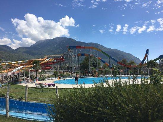 aqua park slides - Picture of Water World Aqua Park ...