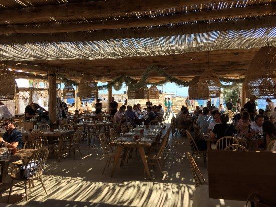 Paraga, Grekland: The restaurant