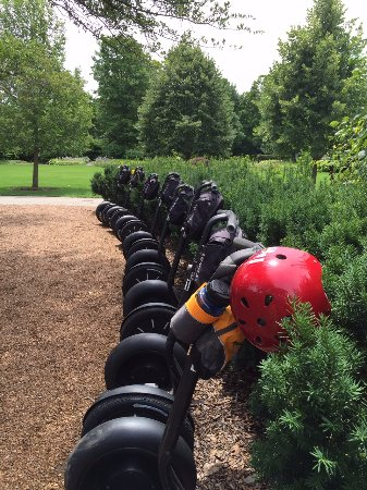 Oak Park, IL: Segway's waiting to go on a tour