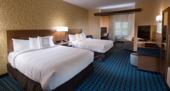 2 queen beds with a sleeper sofa picture of fairfield inn suites rh tripadvisor com
