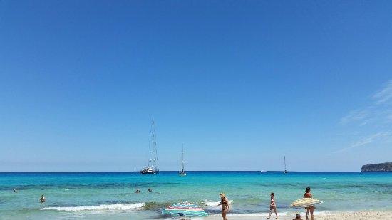 Playa de Ses Illetes: 20160617_135232_large.jpg