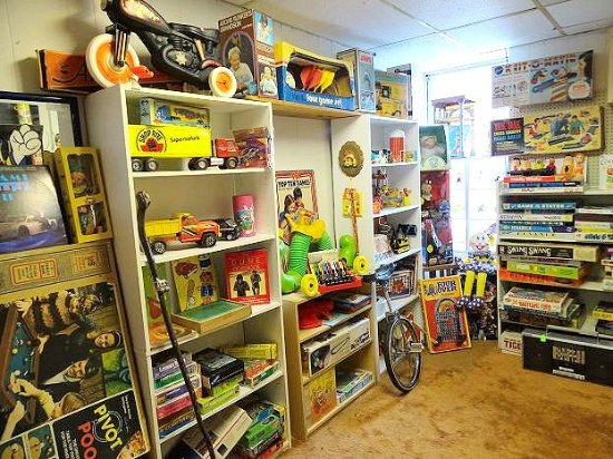 Staunton, VA: inside building - bill's toy room