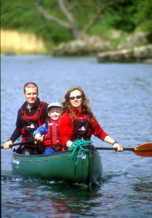 Bowness-on-Windermere, UK: Explore Windermere by Canoe
