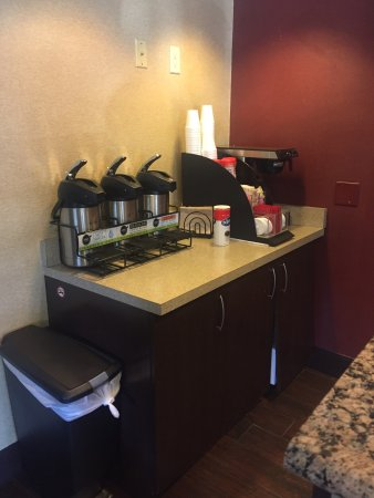 Red Roof Inn Albany Airport: Photo0