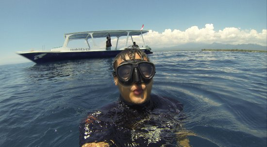 Gili Air, Indonesia: going back to the boat while doing the duck face