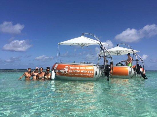 Saint Francois, Guadeloupe: DONUTS BBQ BOAT, bateaux sans permis pouvant accueillir jusque 10 personnes à  Saint-François