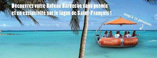 Saint François, Guadalupe: DONUTS BBQ BOAT, bateau barbecue sans permis sur le lagon de Saint-François, en Guadeloupe