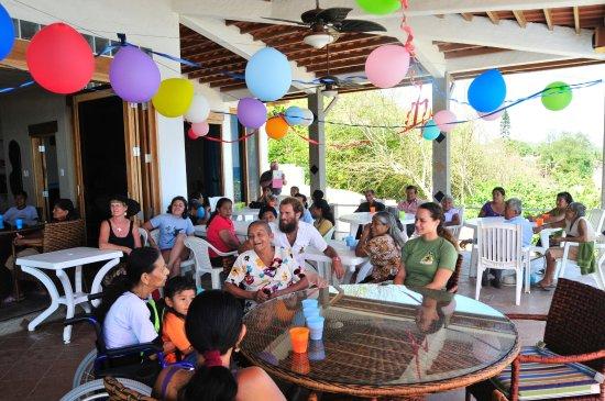 Hosting Seniors in Our Village of La Entrada