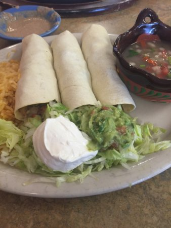 Seneca, Güney Carolina: California Tacos and cuatro carnes