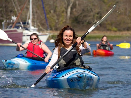 New Forest National Park Hampshire, UK: Enjoy Canoeing & Kayaking with New Forest Activities on Beaulieu River